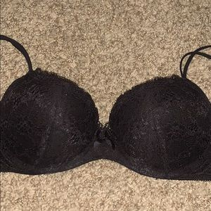 Victoria's Secret 32D push up bra